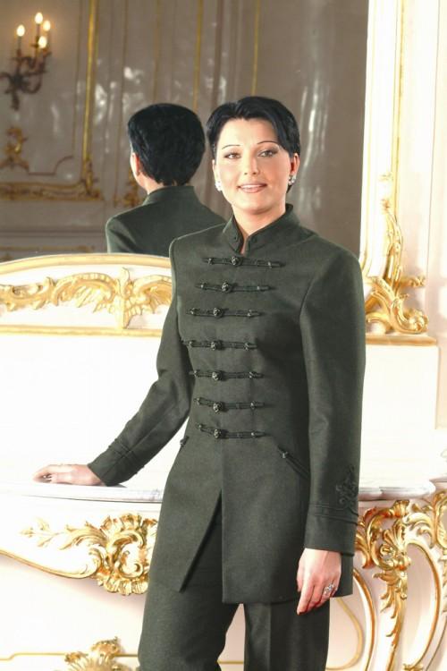 Isabella kosztüm